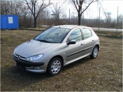 PEUGEOT 206, berlina 5 usi, 1.4HDI (68 CP) in rate