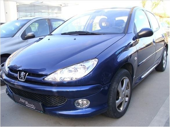 peugeot 206 berlina 5 usi 1 6 hdi 110 cp in rate. Black Bedroom Furniture Sets. Home Design Ideas