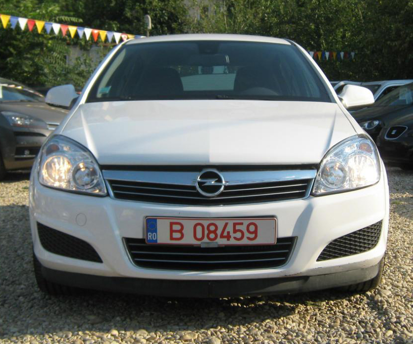 opel astra 1 3 diesel 2010 euro 5 90 cp in rate. Black Bedroom Furniture Sets. Home Design Ideas