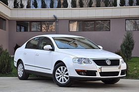 Volkswagen Passat Bluemotion, berlina, 2.0 TDI, 2010, 110 cp, euro 5 leasing auto second hand