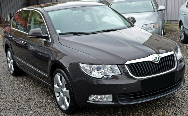 skoda superb dsg berlina 2 0 diesel 2010 140 cp euro. Black Bedroom Furniture Sets. Home Design Ideas