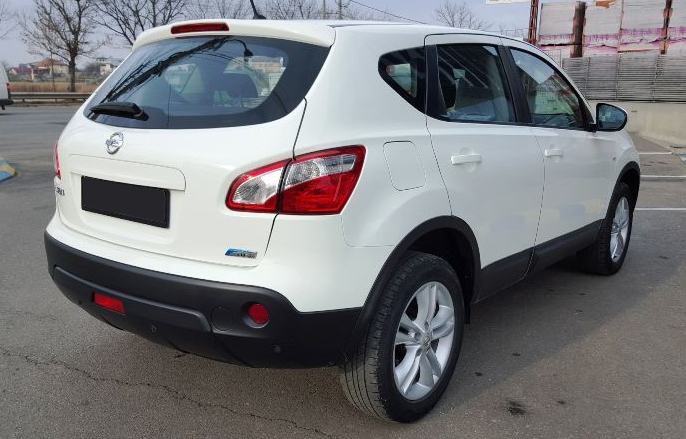 leasing nissan qashqai suv 2011 1 5 tdi 110cp 122115 km leasing auto rulate bucuresti. Black Bedroom Furniture Sets. Home Design Ideas