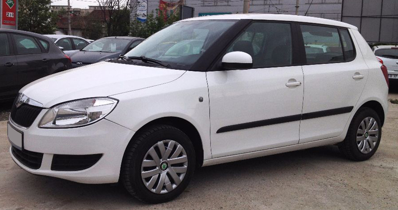 leasing skoda fabia hatchback 2012 1 2 benzina 60cp. Black Bedroom Furniture Sets. Home Design Ideas
