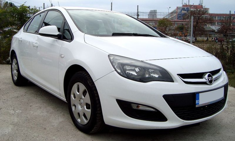 leasing opel astra berlina 2013 1 7 diesel 110cp 112700. Black Bedroom Furniture Sets. Home Design Ideas