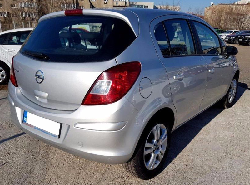 leasing opel corsa hatchback 2013 1 2 benzina 85 cp. Black Bedroom Furniture Sets. Home Design Ideas